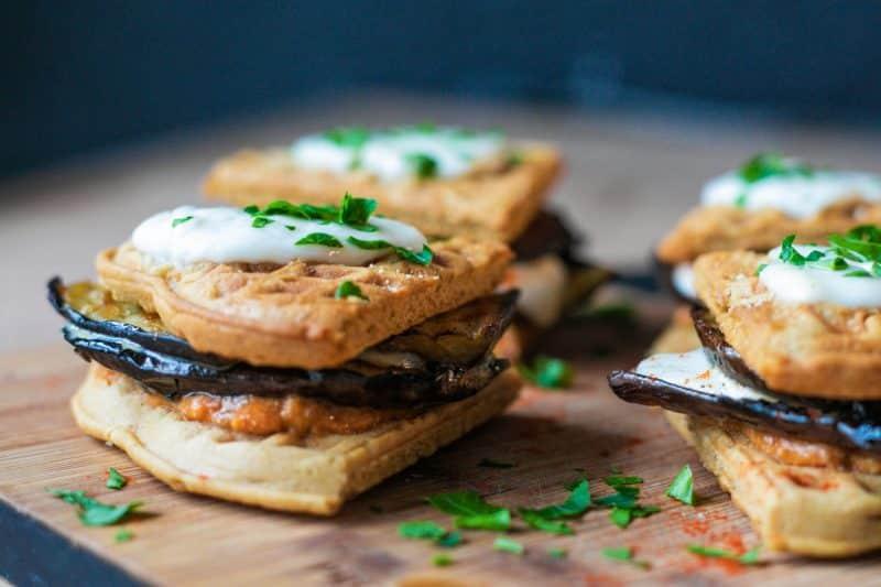 sandwich-vegetarien aubergine mozza pesto rouge